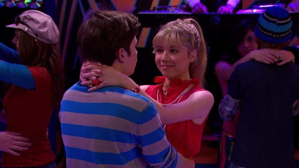 iCarly | Season 2 Episode 24 | Sky com