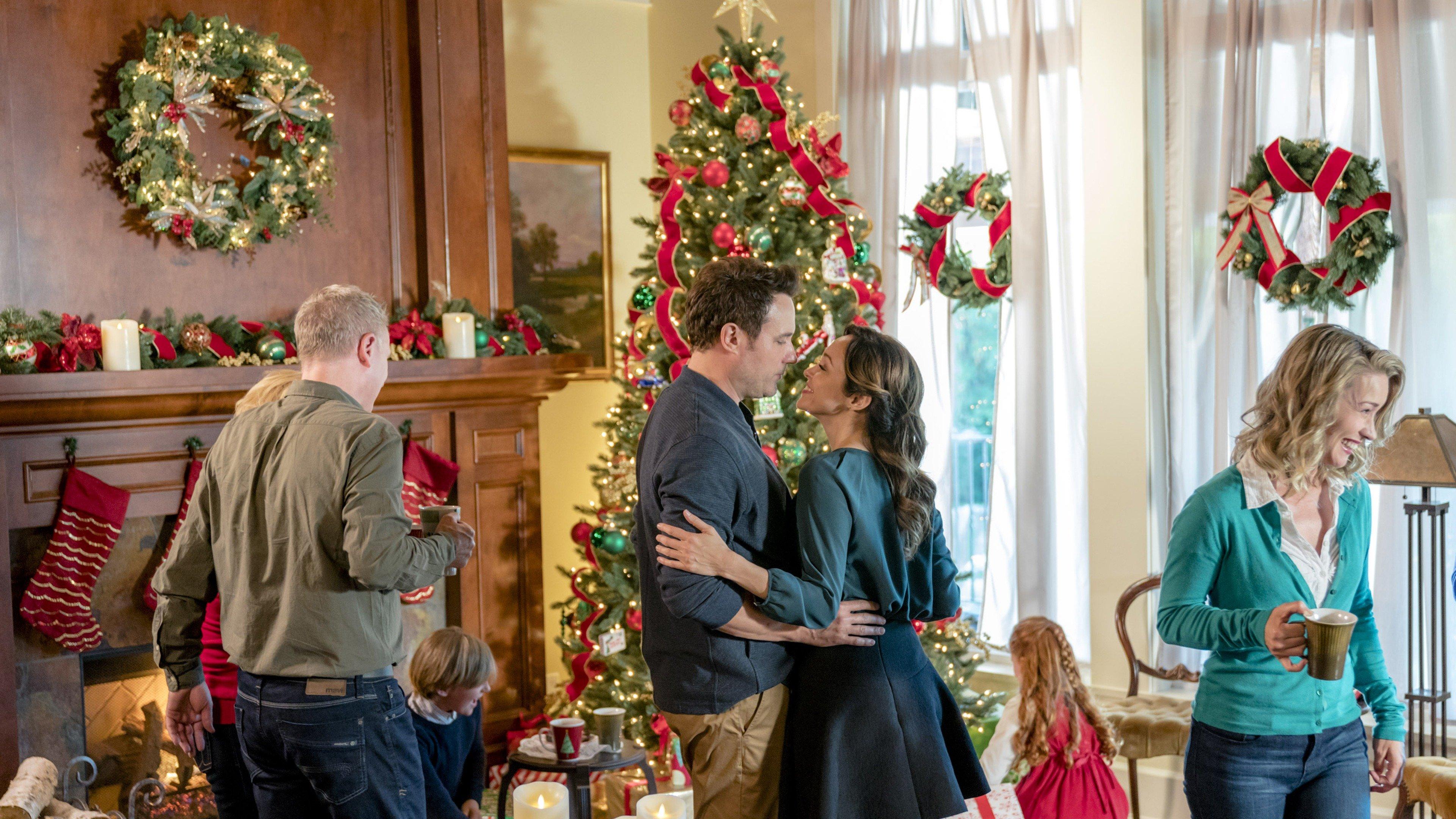 Bramble House Christmas.A Bramble House Christmas Sky Com