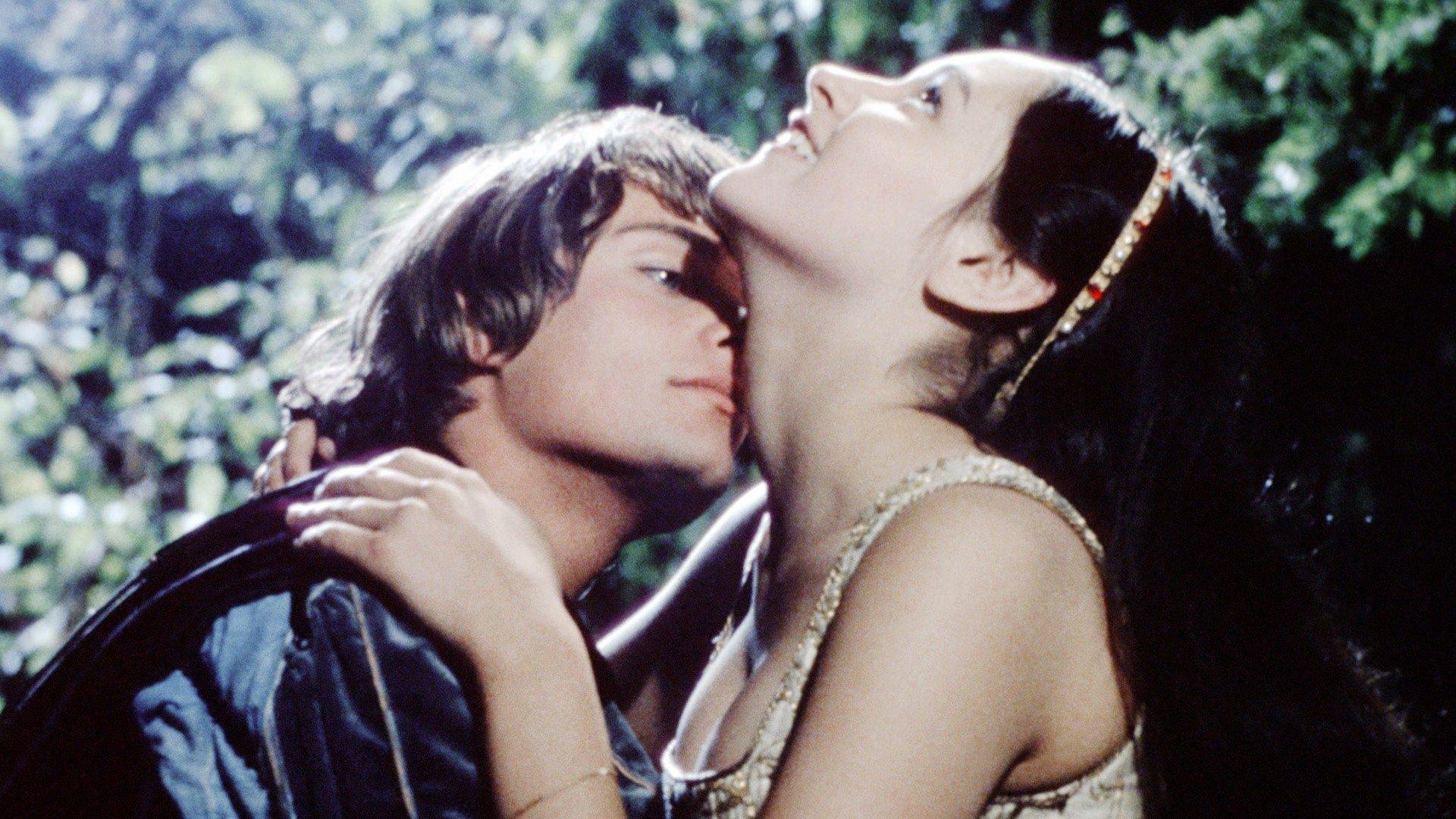 Romeo And Juliet Skycom
